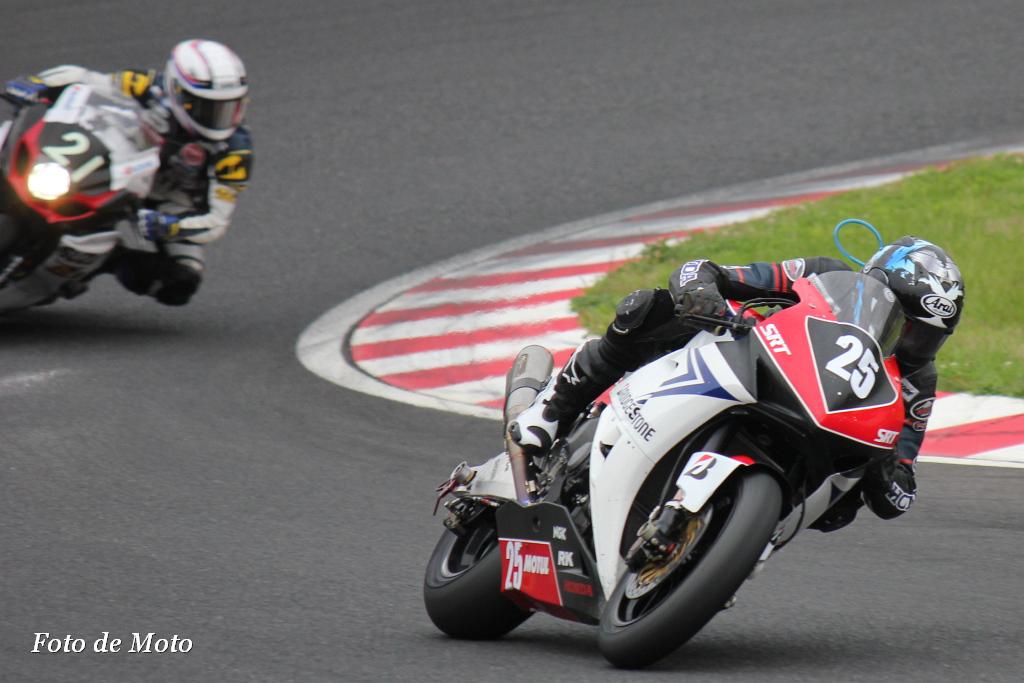 #25 Honda 鈴鹿レーシングチーム 安田 毅史 日浦 大治朗 北口 浩二 Honda CBR1000RR