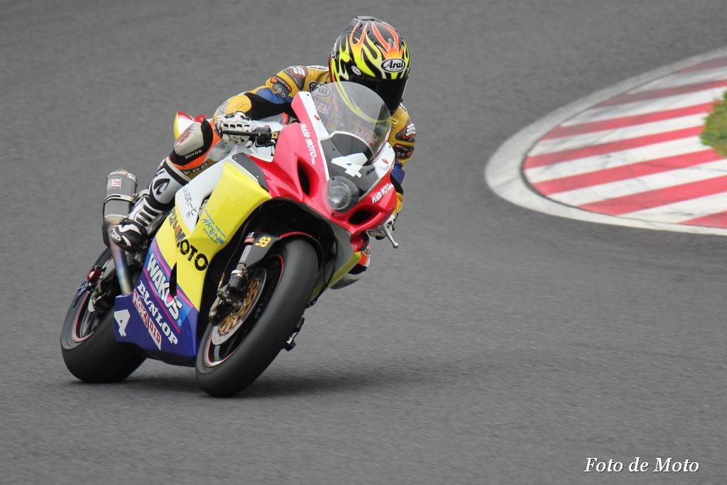 #4 Team・橋本組 金山 和弘 稲垣 誠 山下 剛 Suzuki GSX-R1000