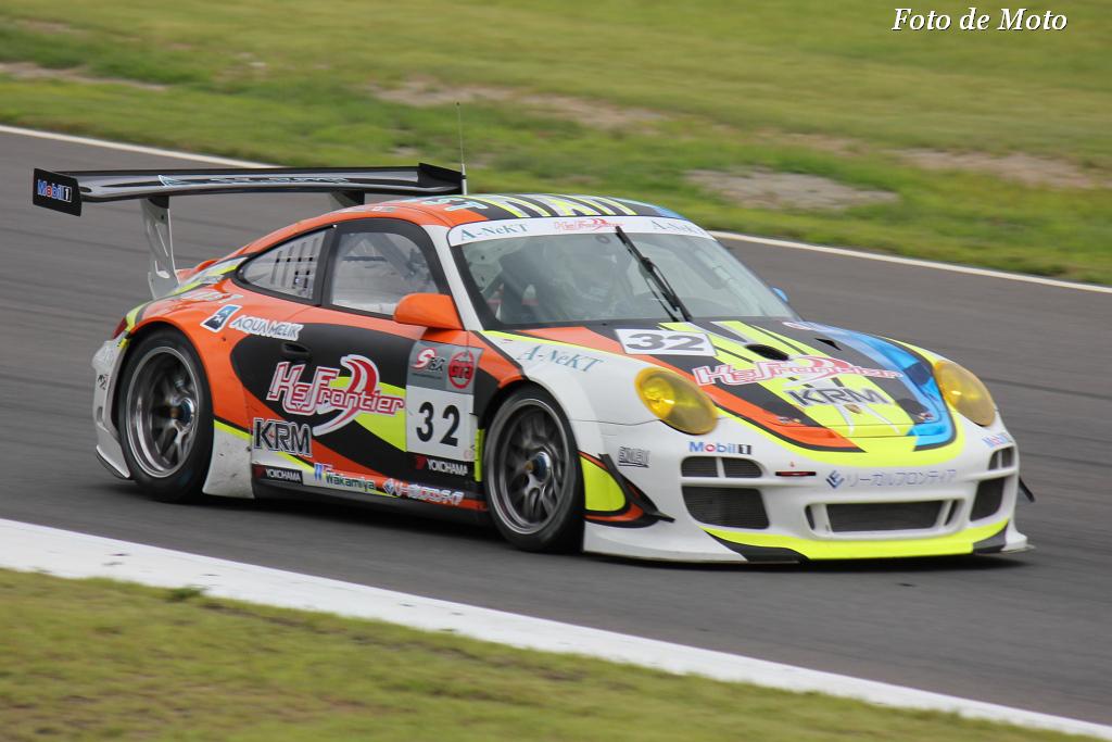 GT3 #32 KRMケーズフロンティアGT3R 飯田 太陽 Takashi 高木 真一 Nao