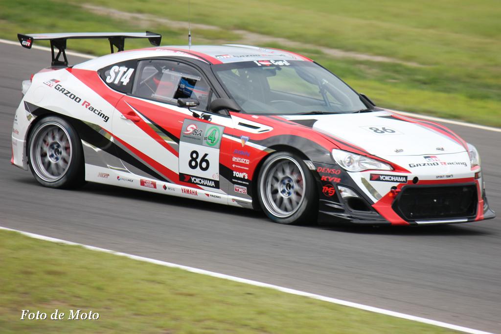 ST-4 #86 GAZOO Racing TOYOTA 86 影山 正彦 蒲生 尚弥