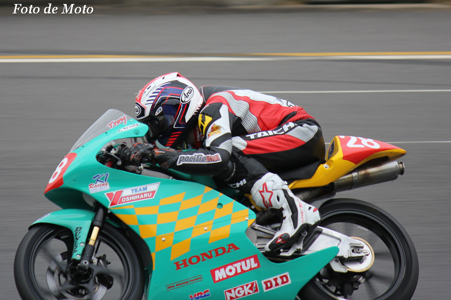 J-GP3 #28 T・ヨシハル&K1Racing Troy Guenther NSF250R