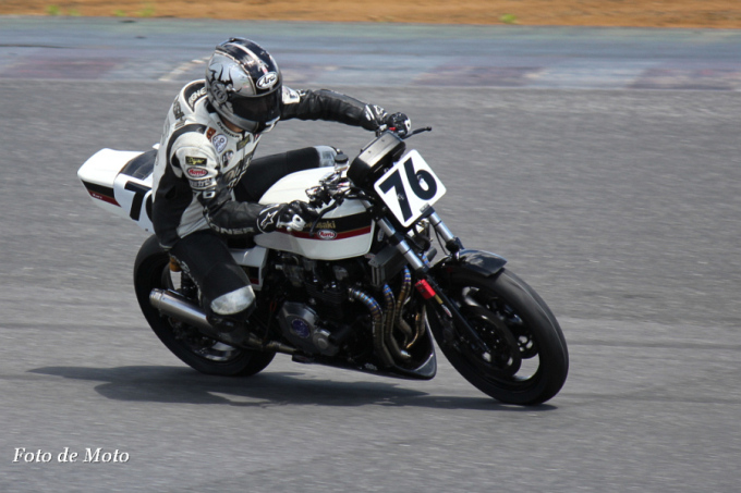 Monster #76 NK-GARAGE☆撃墜王76 三木 英稔 Kawasaki KZ1000R