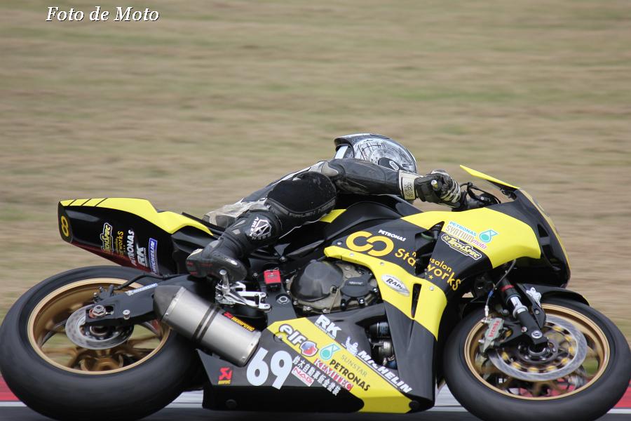 TC-F #69 StarWorkS RT★PETRONAS 澤田 一星 Honda CBR1000RR