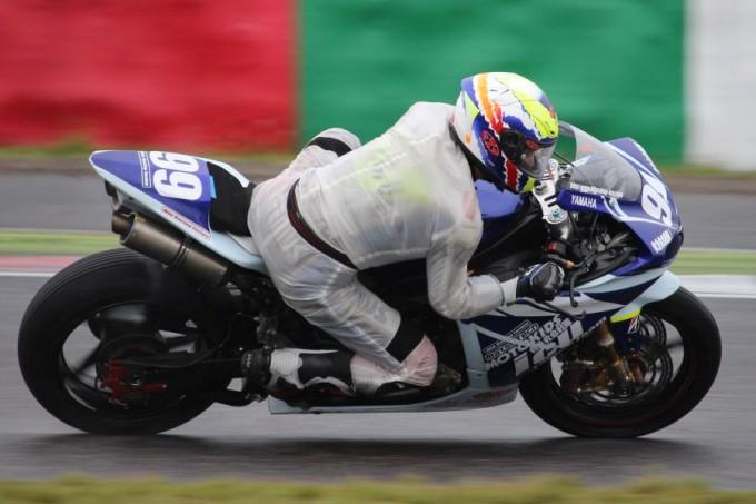 JSB1000 #99 icu racing team & モトキッズ 吉田 和憲 Yamaha YZF-R1