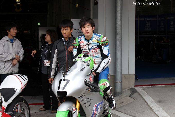 J-GP3 #17 TEAM·i-FACTORY 渋田 晨央 Honda NSF250R