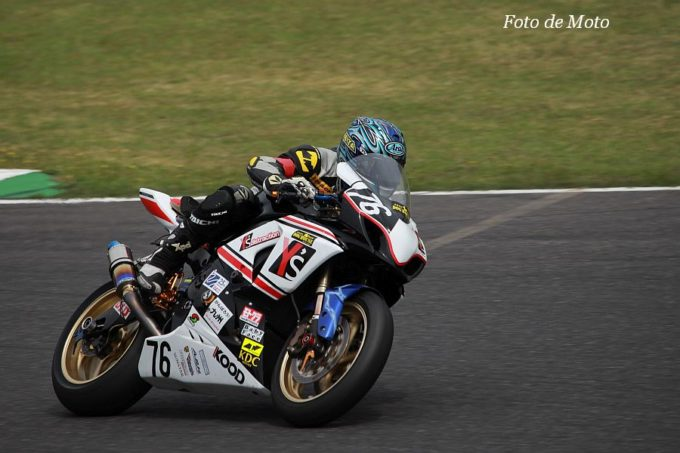 JSB1000 #76 Y's distraction DOG HOUSE&MC 岩谷 圭太 SUZUKI GSX-R1000L2