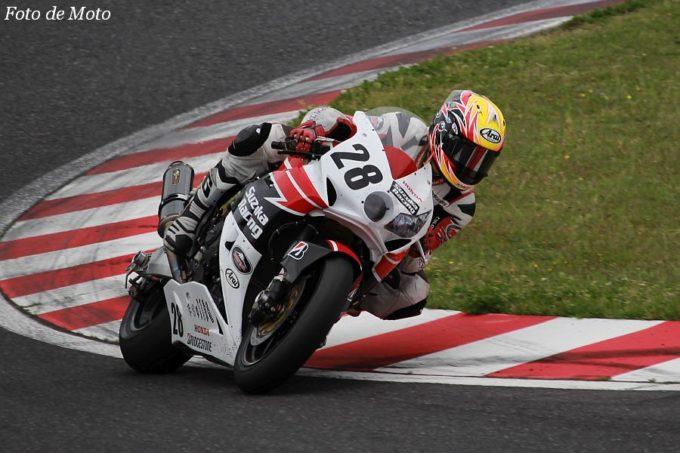 JSB1000 #28 Honda鈴鹿レーシングチーム 安田 毅史 Honda CBR1000RR