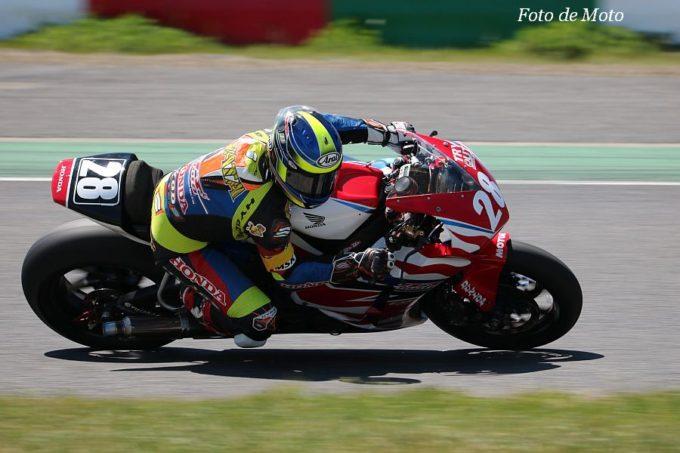 JSB1000 #28 Honda熊本レーシング 岩田 悟 Honda CBR1000RR