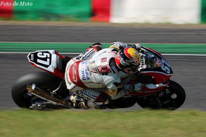JSB1000 #57 Honda 鈴鹿レーシングチーム 安田 毅史 Honda CBR1000RR