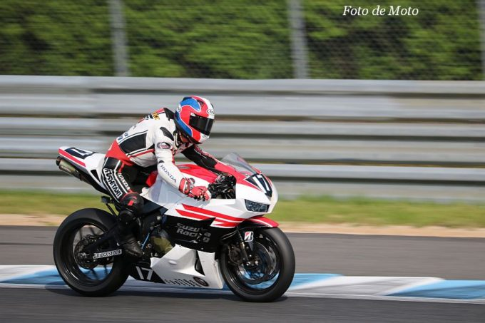 ST600 #17 Honda鈴鹿レーシングチーム 亀井 雄大 Honda CBR600RR