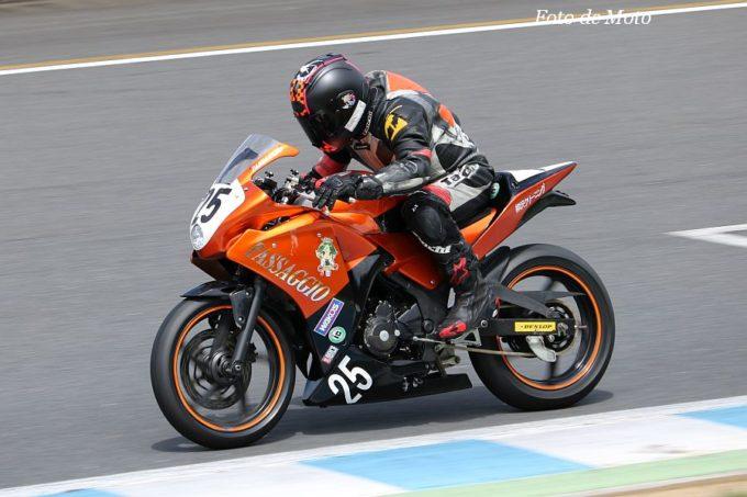 もて耐NST-CBR #25 TEAM PASSAGGIO 舟越 洋司/神澤 一樹/坪田 健一 Honda CBR250R