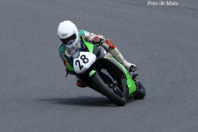 もて耐NST-Ninja #28 芳井レーシング 迫田 誠/佐藤 泰三/芳井 隆夫 Kawasaki Ninja250R