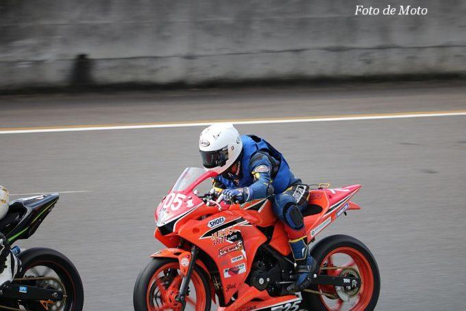もて耐NST-CBR #705 保険職人SPEEDparty 黒川 武彦/菅原 陸/高平 丈也/野村 勝 Honda CBR250R