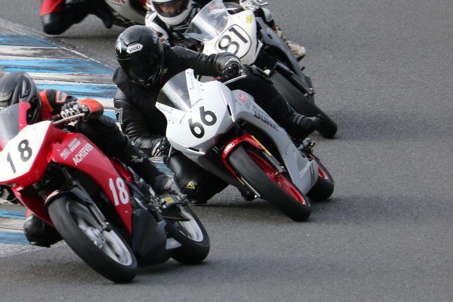 CBR250R #66 AZABU RACING with M GARAGE 山田 径 Honda CBR250R