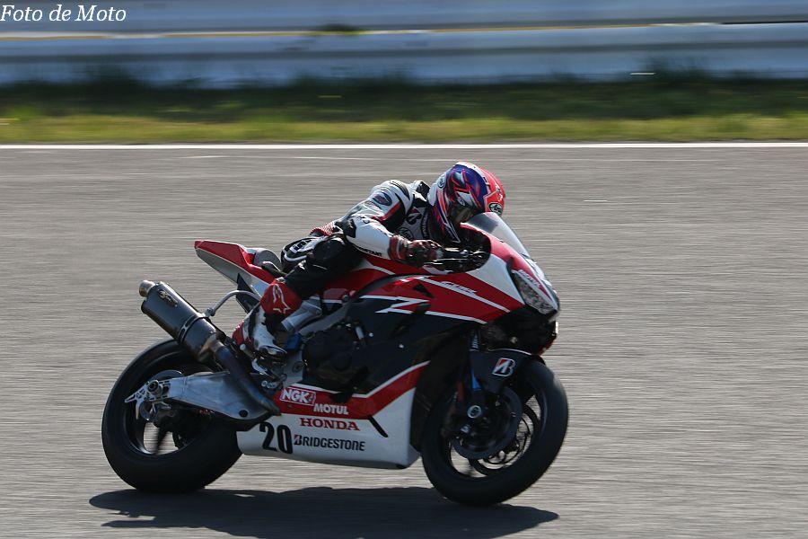 JSB1000 #20 Honda Suzuka Racing Team 日浦 大治朗 HONDA CBR1000RR SP2
