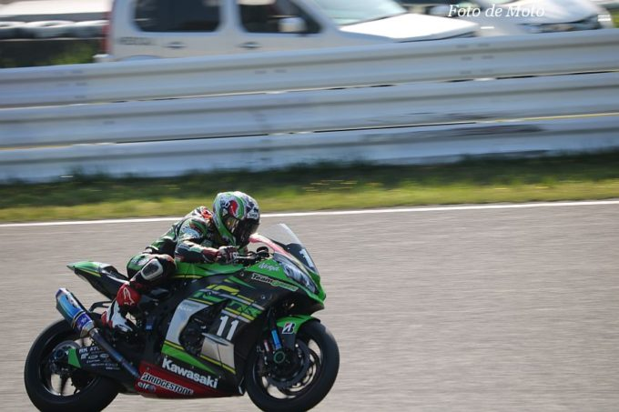 JSB1000 #11 Kawasaki Team GREEN 渡辺 一馬 KAWASAKI ZX-10RR