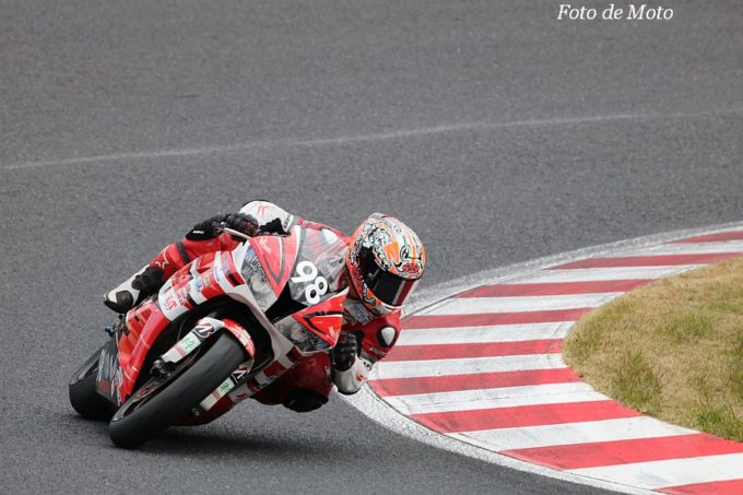 ST600 #98 TEAM VITALSPIRIT 佐野 勝人 Honda CBR600RR