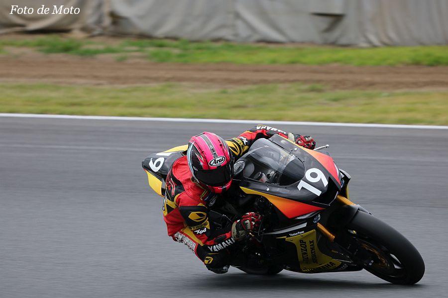 J-GP2 #19 HITMAN RC甲子園ヤマハ 井手 翔太 Yamaha YZF-R6