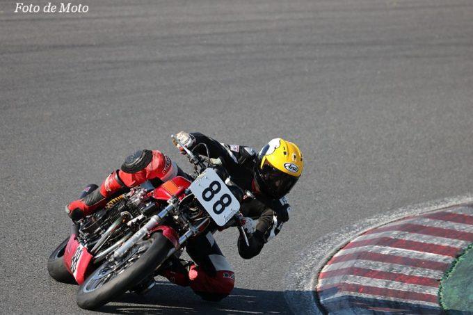 MONSTER #88 赤い3輪車・ジェイズ  吉田 隼 HONDA CB750F