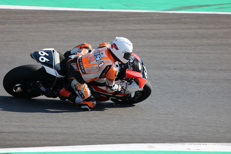 ST1000 #66 CLUB MASSA-R+T.T.Moto+A-MAGIC 新井 久美 Yamaha YZFーR1