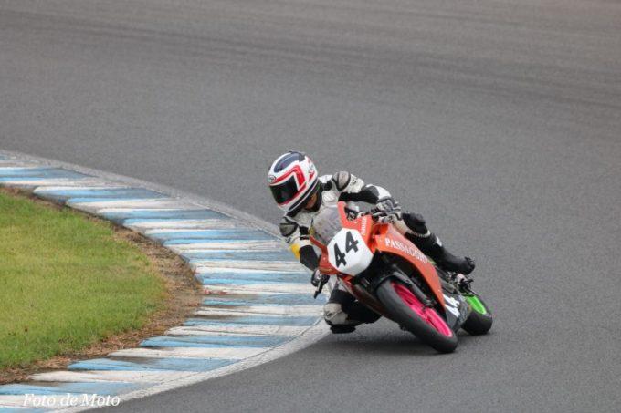 NST CBR #44 TEAM PASSAGGIO 船越 洋司 坪田 健一 善浪 慈敬 Honda CBR250