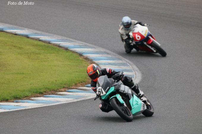 WT #81 KRB RACING 牧野 貴博 小林 克巳 佐々木 善雄 福地 啓吾 Honda CBR250RR