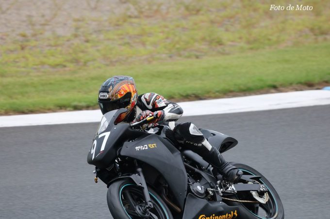 NST CBR #97 TeamガリンコEXT 久保山 道信 齋藤 祐介 大滝 勝 Honda CBR250R