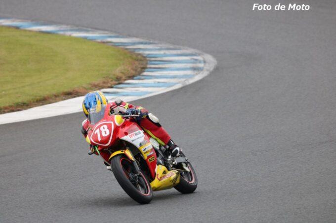 ST250S #78 スズキヒーティング・IVY・モトサービスマック 鈴木 眞 Honda CBR250R