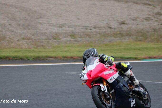 ST600インター #69 T.T.moto MASSA-R 阿部 洋太郎 Yamaha YZF-R6